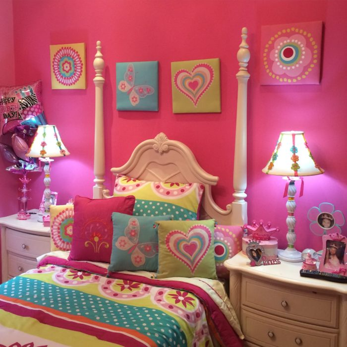 غرفة نوم باللون الابيض بتصميم قمة فى الجمال والشياكة