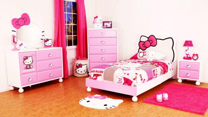 غرفة نوم بناتي كيتي كاملة مع دواسة عل شكل كيتي تعطى منظراً جميلاً