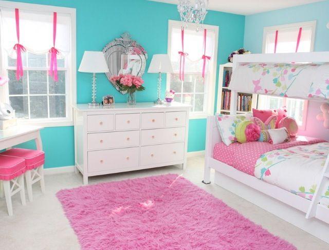 غرفة نوم جميلة جداً تعطي شهوراً بالراحة