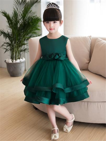 340bb9cc0 فستان أطفال سواريه قصير باللون الزيتى