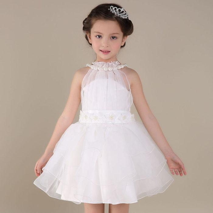 فستان أفراح للبنات الصغار قصير في قمة الشياكة