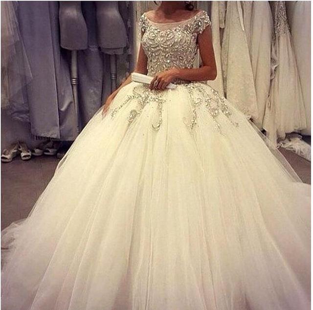 من أجمل وأحلى فساتين الزفاف التركية