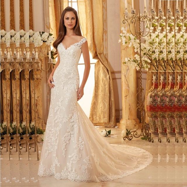 فستان زفاف جميل جداً يناسب الذوق الهادئ