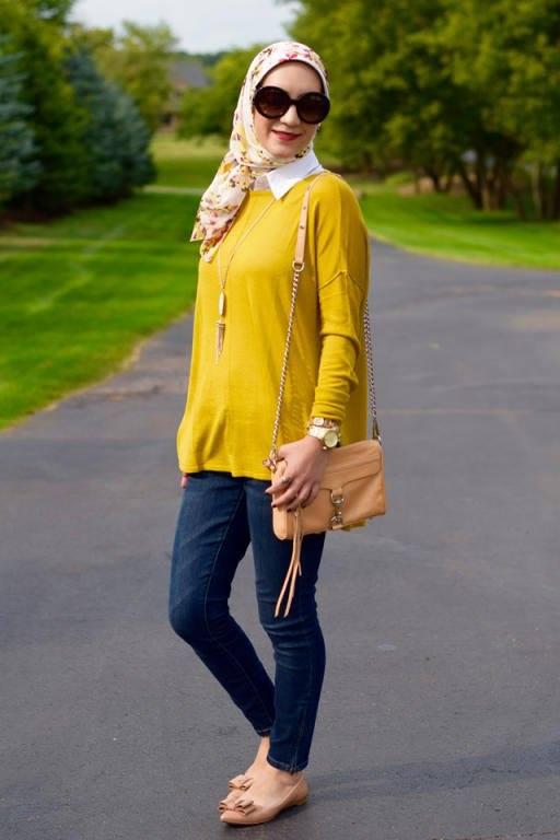 بلوزة رائعة باللون الاصفر مع بنطلون جينز ولفة حجاب بسيطة وجميلة
