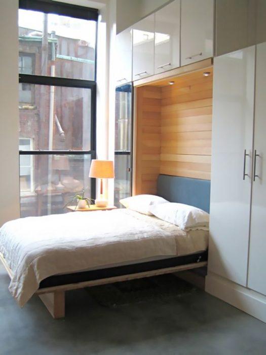 تم تصميم هذه الغرفة بطريقة فنية مبتكرة تناسب المساحات الصغيرة
