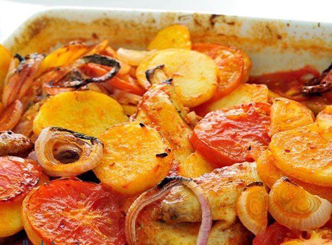 صينية بطاطس فى الفرن بدون لحم أو فراخ