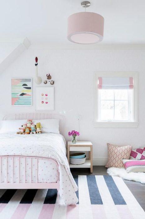 غرفة نوم بتصميم بسيط ورائع