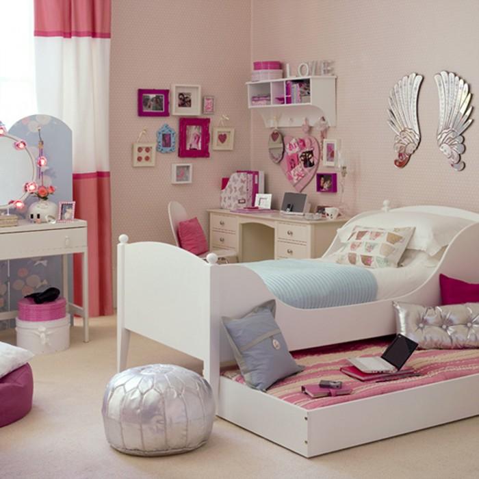 غرفة نوم بتصميم عصري جداً وجميل