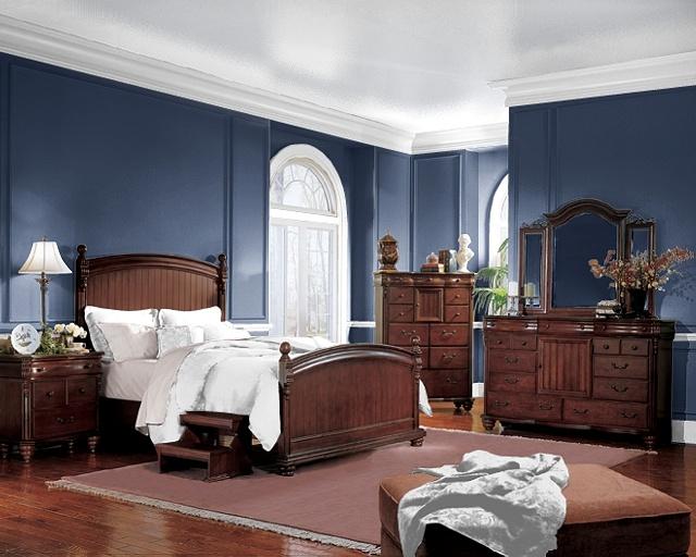 غرفة نوم تقليدية بسيطة