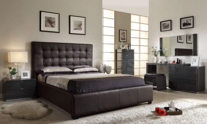 غرفة نوم كاملة مكونة من سرير متنجد و2 كمودينو وتسريحة بتصميم مودرن