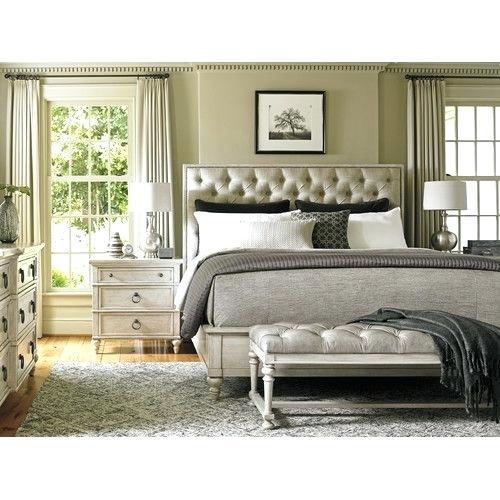 غرفة نوم مودرن وشيك تناسب المساحات الواسعة