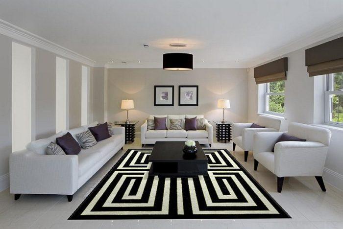 لعشاق الفخامة واالشياكة نقدم لكم هذه الغرفة التي تحتوي على ديكورات أنيقة حيث تحتوي على أريكة كبيرة ومتوسطة و2 كرسي بتصميم حلو جداً