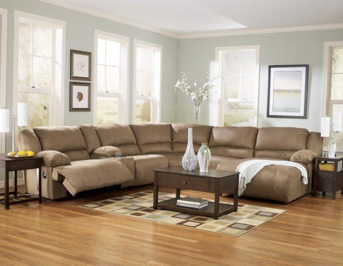 غرفة معيشة قمة فى الجمال والروعة وتناسب الذوق الهادئ