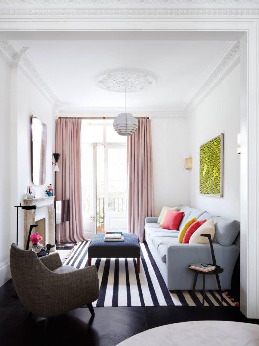 ستارة هادئة وبسيطة بتصميم رائع لغرفة الجلوس