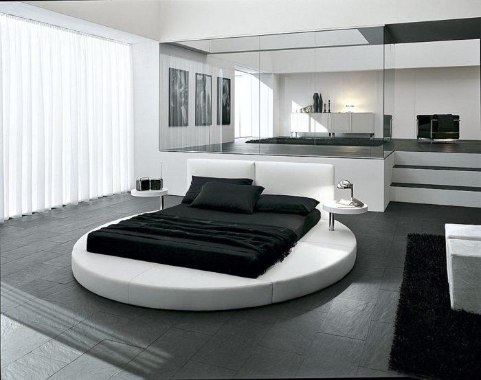 غرفة نوم أبيض فى سوداء حلوة جداً