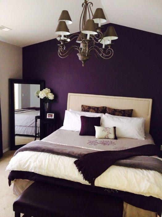 غرفة نوم شيك جداً باللون البننفسجي