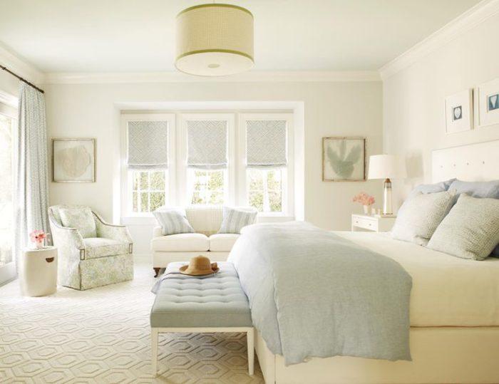 غرفة نوم فى منتهى الجمال والروعة باللون الكريمي