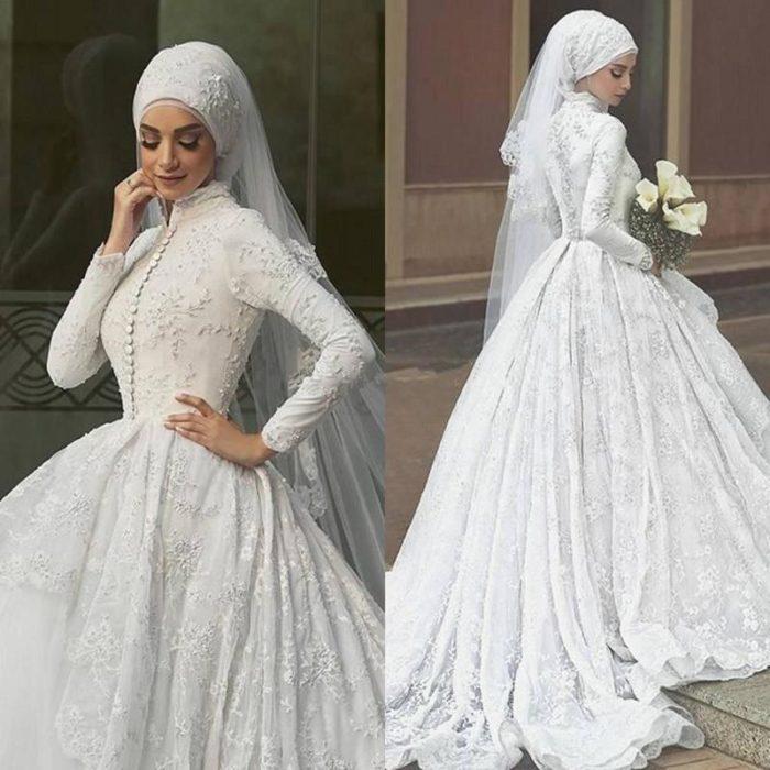 46507571e فستان بكم مطرز بالورود على جميع اجزاء الفستان وذات لياقة عالية لتغطية  الرقبة ويوجد به كسرات