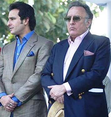 النجم المشهور سيف علي خان مع والده
