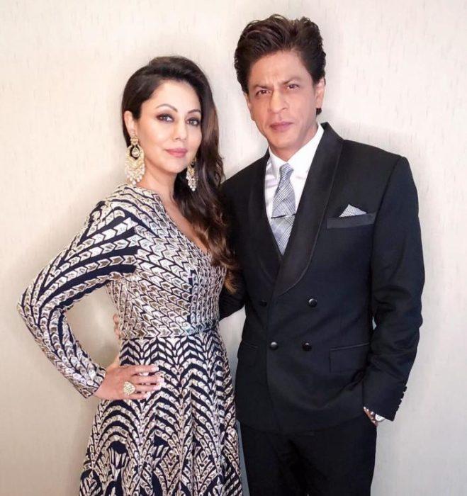 صورة للملك شاه روخ خان مع زوجته