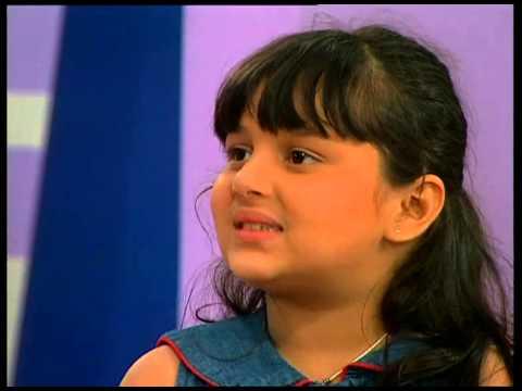 صورة للنجمة الجميلة نيها لاكشمي المعروفة بسوميا بطلة مسلسل للعشق جنون وهي صغيرة