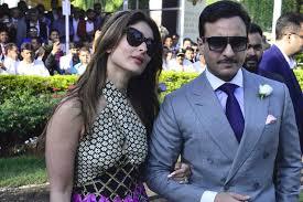 صورة للنجمة كارينا كابور والنجم سيف علي خان