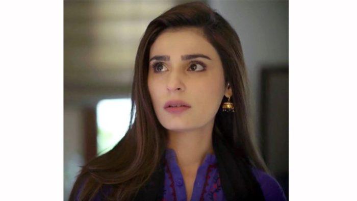 رامشا صديقة حمزة وفي نفس الوقت تحبه