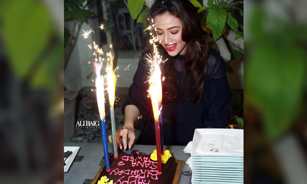 عيد ميلاد Sana Javed 34