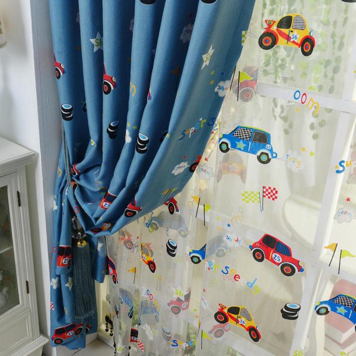 ستارة للاطفال منقوشة برسومات سيارات في منتهى الجمال