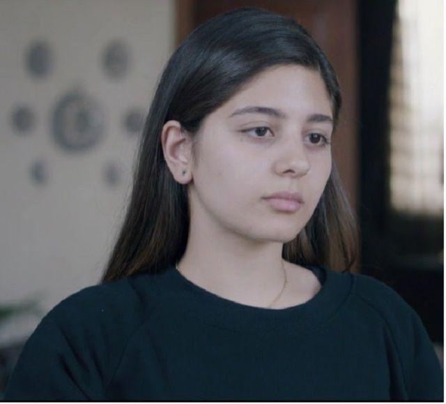 صورة حزينة للنجمة مايان السيد من موت والدتها في مسلسل ظل الرئيس