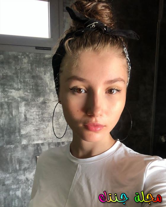 النجمة التركية الشابة إليدا أكدوجان