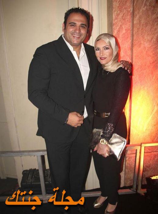 أكرم حسني وزوجته فاطمة