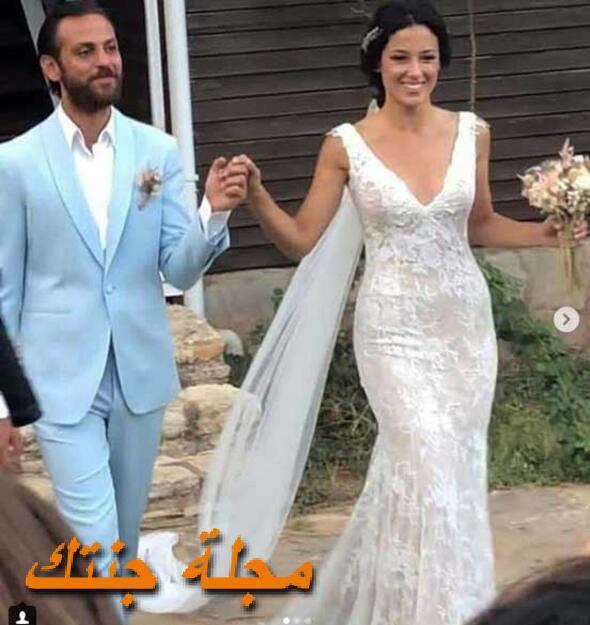 اركان كولتشاك وزوجته جانسو طوسون من حفلة زفافه