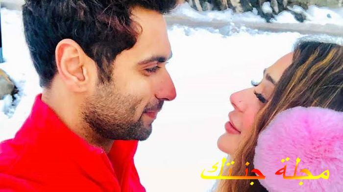أنكيت جيرا وحبيبته سارة خان