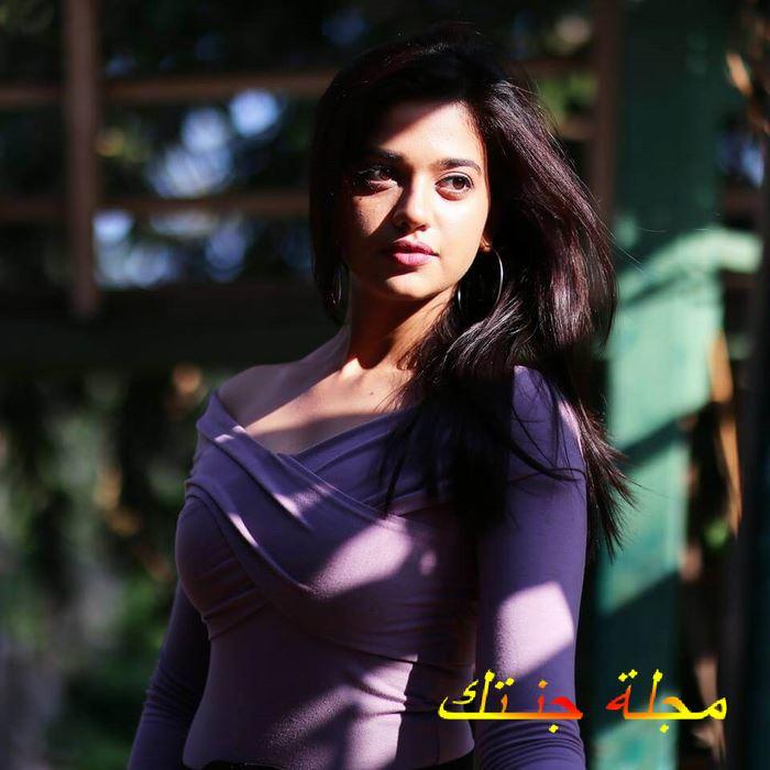الممثلة الموهوبة شاروتي شارما