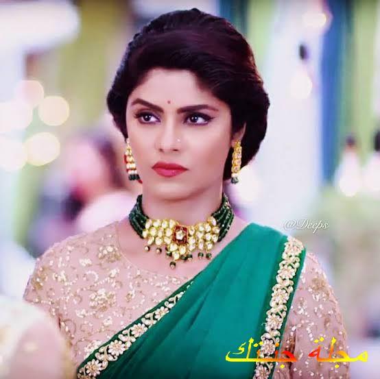 الممثلة الهندية سايانتاني غوش