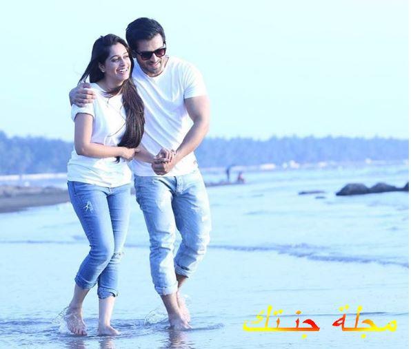 صورة رومانسية للنجمة ديبيكا كاكار وزوجها شعيب