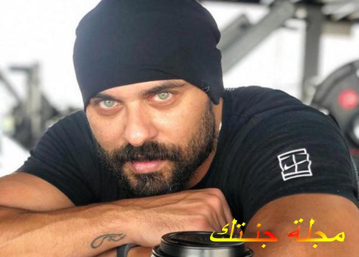 بطل المسلسل أحمد صلاح