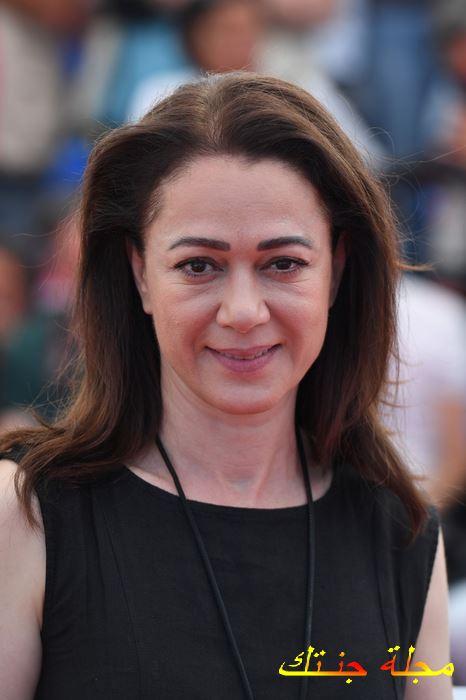الممثلة التركية بننو يلدرملار