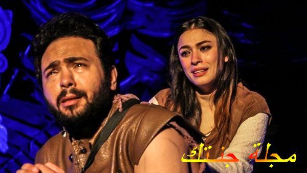 شاهيستا في مسرحية قبل ان يقتلوا الغناء