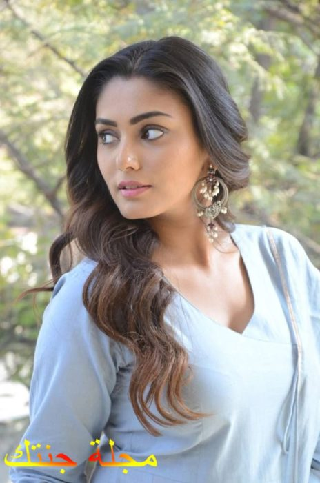 الممثلة سناء مقبول
