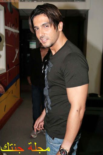 الممثل زايد خان