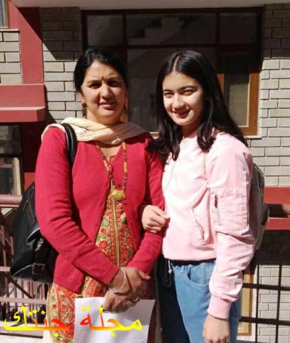 براتيبا مع والدتها