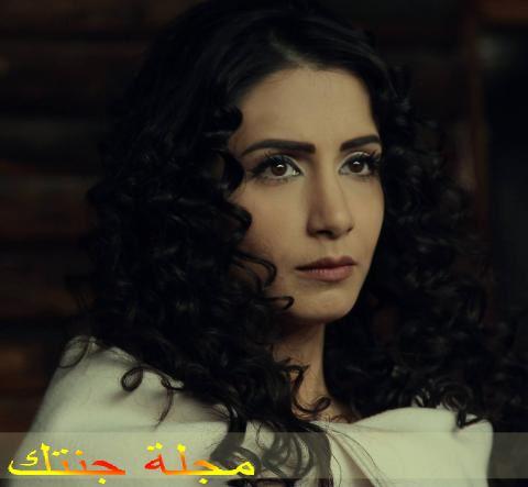 الفنانة السورية حلا رجب