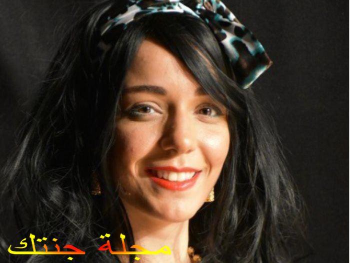 الفنانة سارة درزاوى