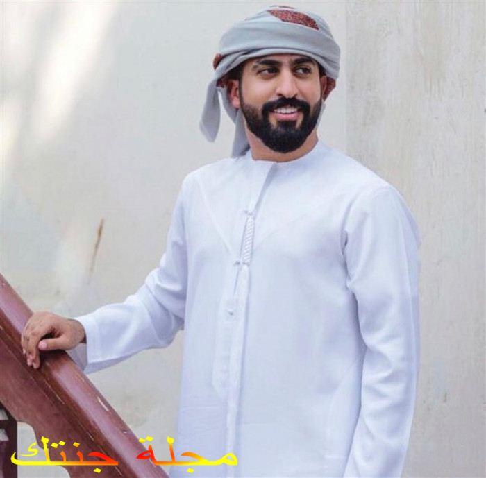 الفنان سلطان محمد عبد العزيز