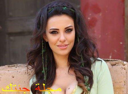 الممثلة التركية توفانا توركاى