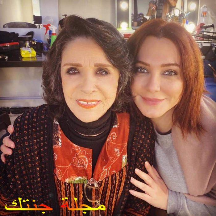 سلاف فواخرجى مع الفنانة القديرة سامية الجزائرى