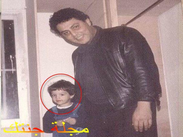يوسف حسين الامام و هو صغير مع والده